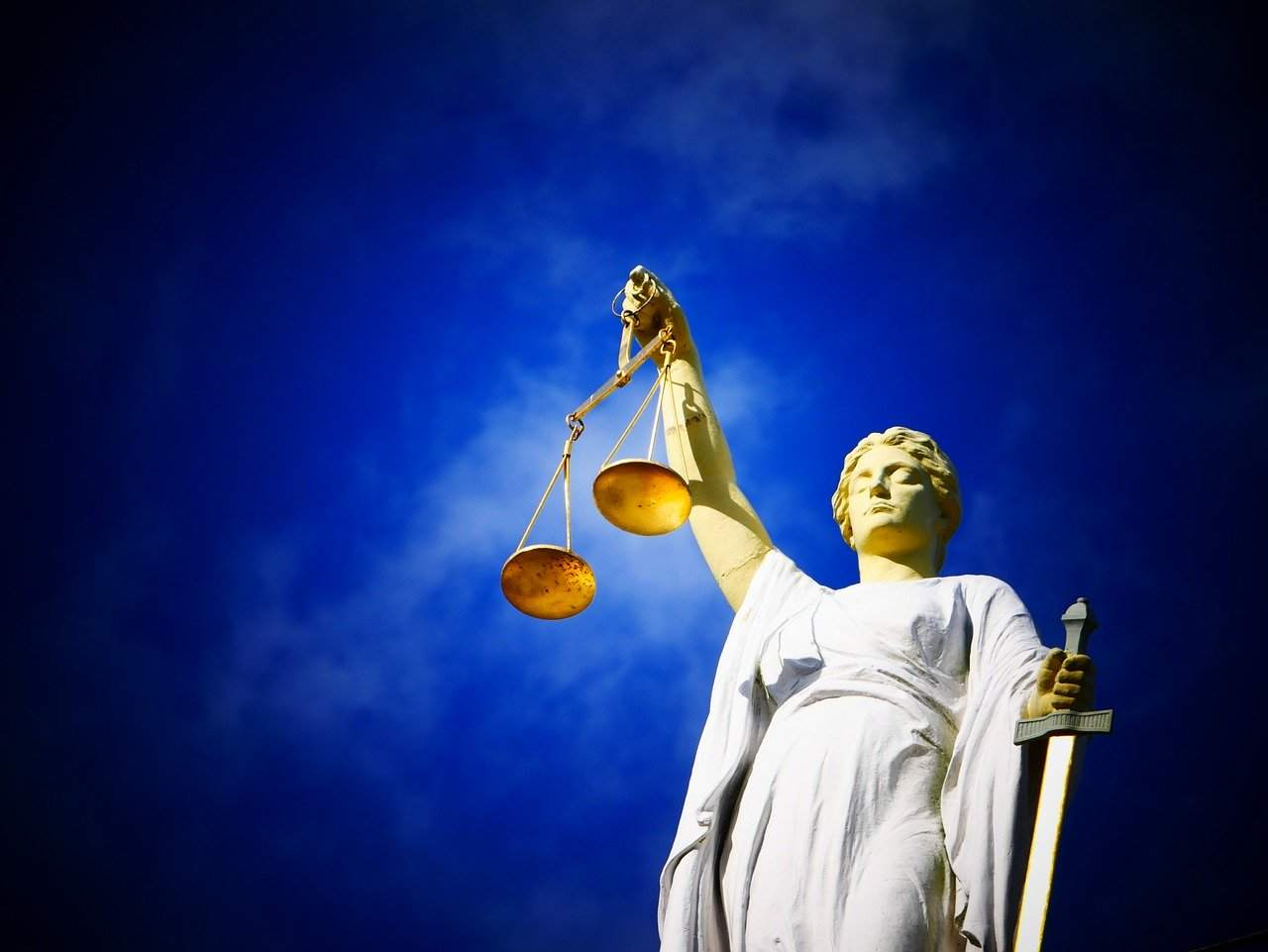 justice-2071539_1280-1